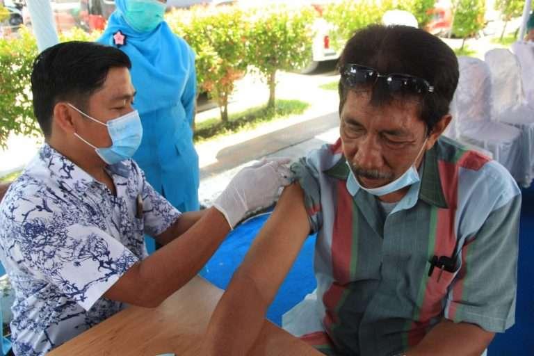 Pencanangan Vaksinasi bagi Lansia di Rsup Dr. M. Djamil